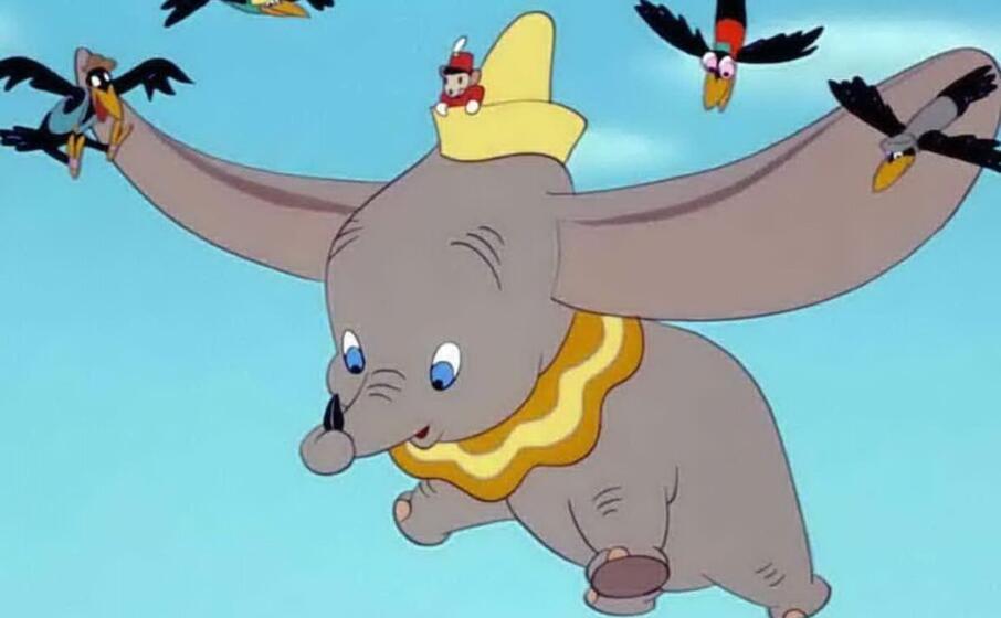 La follia della Disney, al bando alcuni film tra cui Dumbo e Peter Pan