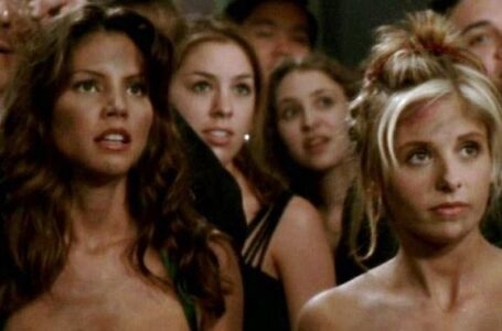 Buffy: Charisma Carpenter accusa Joss Whedon e Sarah Michelle Gellar la sostiene
