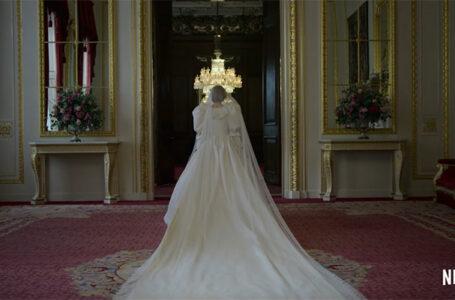 The Crown 4: Emma Corrin sull'emozione di indossare l'abito da sposa di Diana