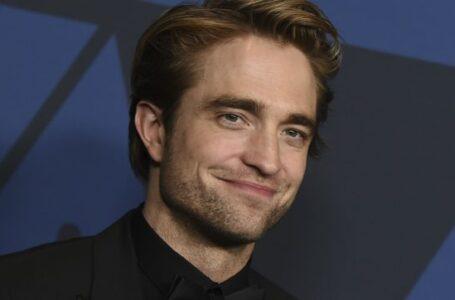 """Robert Pattinson positivo al Covid-19: niente stop alle riprese di """"The Batman"""""""