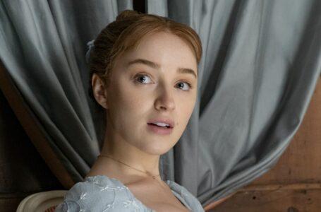 Bridgerton: Phoebe Dynevor ha avuto un attacco di panico sul set